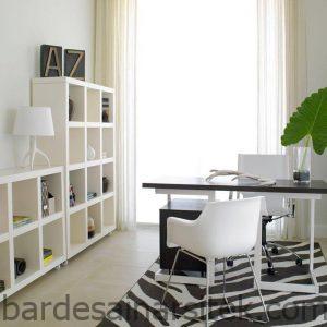 desain ruang kantor kecil manfaatkan sisa ruang yang ada di rumah 2 1